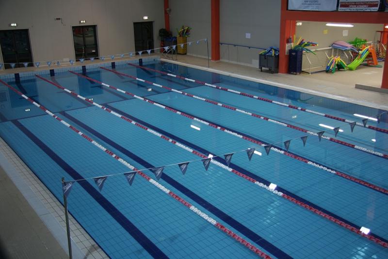 Vasca Da 25 Metri Tempi : La piscina interna